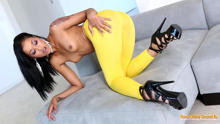 Онлайн фото порно в леггинсах 87587 фотография