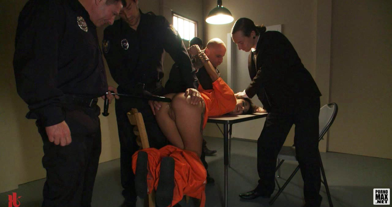 politseyskaya-porno-dubinka