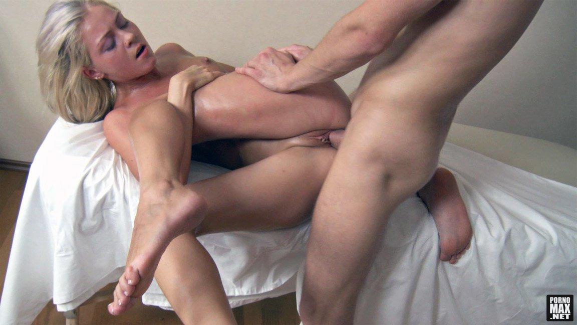 Посмотреть порно онлайн массажистка 17 фотография