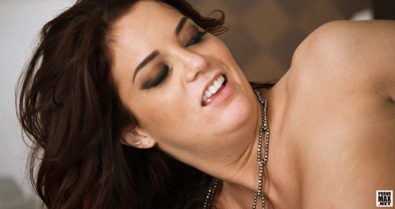 порно фильмы 2010 онлайн: